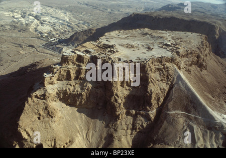 MASSADA - LOCATED IN THE RUGGED EASTERN DESERT OF JUDEA NEAR THE DEAD SEA. KING HEROD FORTIFIED IT & BUILT ON IT - Stock Photo