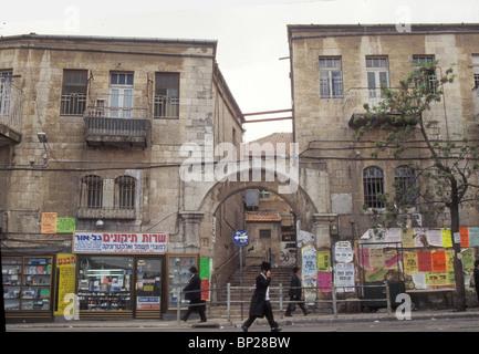 2028. JERUSALEM, THE ULTRA ORTHODOX MEA SHEARIM' QUARTER ' - Stock Photo