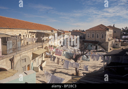 2028. JERUSALEM, THE ULTRA ORTHODOX MEA SHEARIM' QUARTER ' - Stock Photo