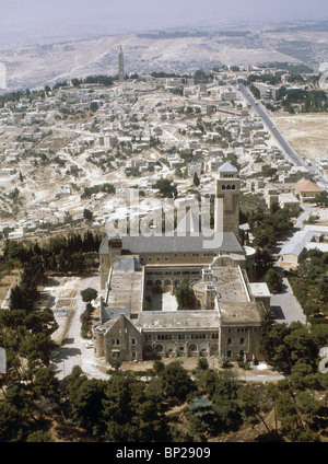 AUGUSTA VICTORIA - LOCATED ON THE MT. OF OLIVES IT WAS BUILT BY THE GERMAN KAISER WILHELM II. IN 1898 TO SERVE AS - Stock Photo