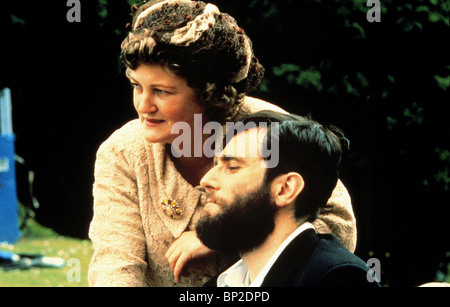 BRENDA FRICKER, DANIEL DAY-LEWIS, MY LEFT FOOT, 1989 - Stock Photo
