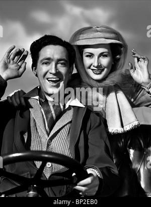 JOHN GREGSON, DINAH SHERIDAN, GENEVIEVE, 1953 - Stock Photo