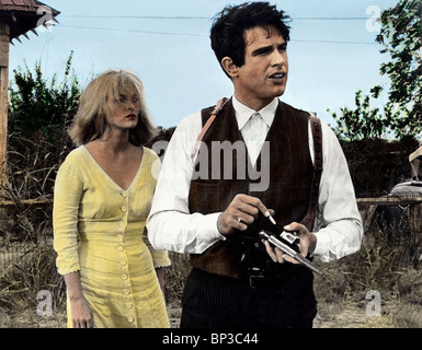 FAYE DUNAWAY, WARREN BEATTY, BONNIE AND CLYDE, 1967 - Stock Photo
