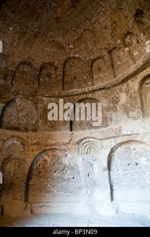Afghanistan, Bamiyan. Chamber adjacent to the niche of the Small Buddha (destroyed by the Taliban in 2001) - Stock Photo