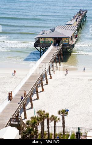 Sunglow fishing pier daytona beach florida usa stock photo for Daytona beach fishing pier