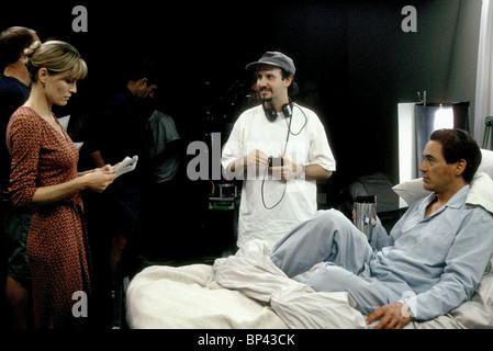 ROBIN WRIGHT PENN KEITH GORDON & ROBERT DOWNEY JNR THE SINGING DETECTIVE (2003) - Stock Photo