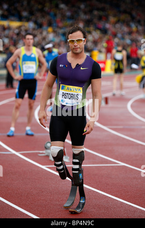 Oscar PISTORIUS, 400m Heat B at Aviva London Grand Prix, Crystal Palace, London.  August 2010. - Stock Photo