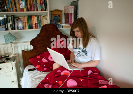 Working Girls In Bed
