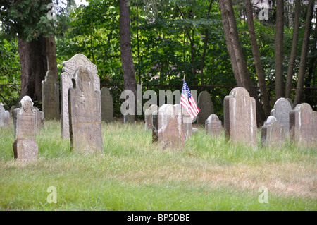 'Memento Mori,' a 17th-early 19th century burial ground on Main Street in Farmington, Connecticut, New England, - Stock Photo
