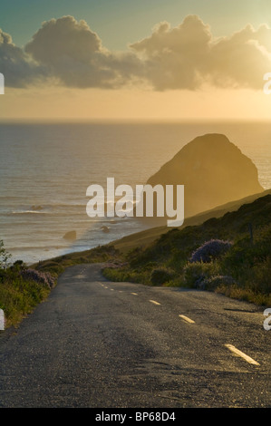 Sunset over the Mattole Road, at westernmost point of paved road in the contiguous US, Cape Mendocino, Lost Coast, - Stock Photo