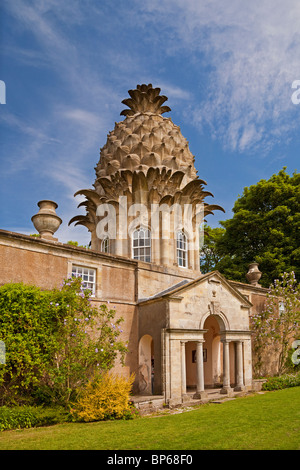 The Pineapple at Dunmore, near Airth. - Stock Photo