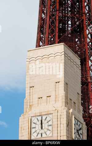 Art Deco building in front of Blackpool tower - Stock Photo
