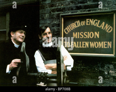 DENHOLM ELLIOTT, MICHAEL PALIN, THE MISSIONARY, 1982 - Stock Photo
