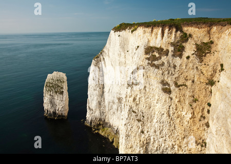 Rock stacks and chalk cliffs on Dorset's coast close to Old Harry Rocks near Poole, Uk - Stock Photo