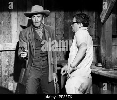 HENRY FONDA, BURT KENNEDY, SET OF 'WELCOME TO HARD TIMES', 1967 - Stock Photo