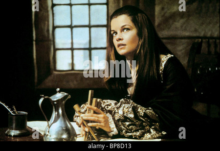 GENEVIEVE BUJOLD ANNE OF THE THOUSAND DAYS (1969) - Stock Photo