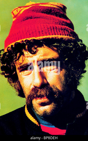 ELLIOTT GOULD BUSTING (1974) - Stock Photo