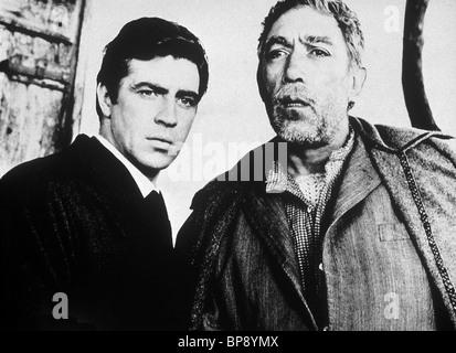 ALAN BATES, ANTHONY QUINN, ZORBA THE GREEK, 1964 - Stock Photo