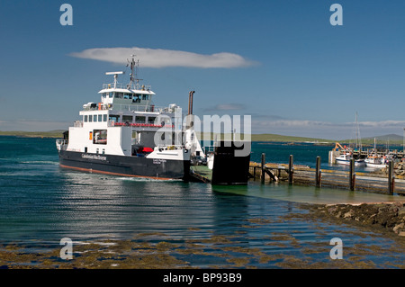 The MV Loch Portain at Leverburgh Pier from Berneray in Outer Hebrides,  Scotland. SCO 6382 - Stock Photo