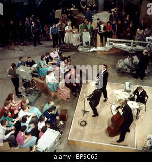 LONNIE DONEGAN THE LONDON PALLADIUM SHOW (1966) - Stock Photo