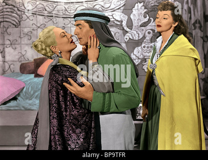 VIRGINIA FIELD, VICTOR MATURE, MARI BLANCHARD, THE VEILS OF BAGDAD, 1953 - Stock Photo
