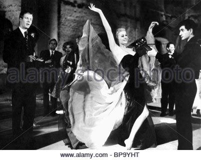 ANITA EKBERG LA DOLCE VITA (1960) - Stock Photo