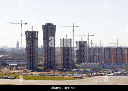 Construction of Grand Park residential complex in Moscow - Stock Photo