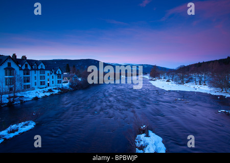 Scotland, Scottish Highlands, Cairngorms National Park. The River Dee on a stretch near the town of Ballater, viewed - Stock Photo