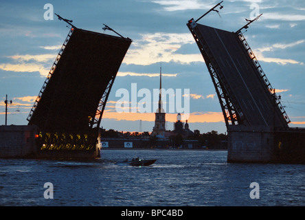 Dvortsovy (Palace) Bridge in St. Petersburg, 2001 - Stock Photo