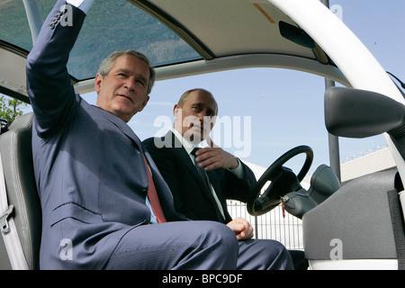 Russian and U.S. Presidents Vladimir Putin and George Bush meet prior to G8 Summit - Stock Photo