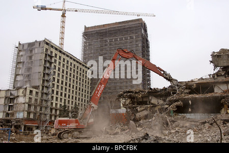 Rossiya hotel being demolished in Moscow to make way for new hotels - Stock Photo