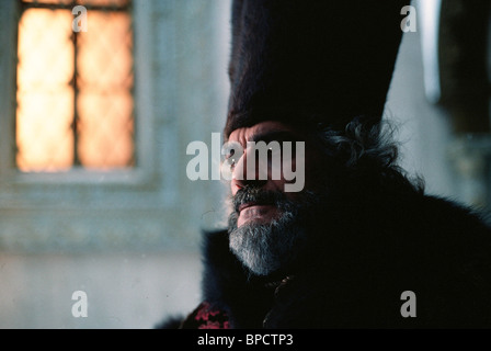 OMAR SHARIF PETER THE GREAT (1986) - Stock Photo