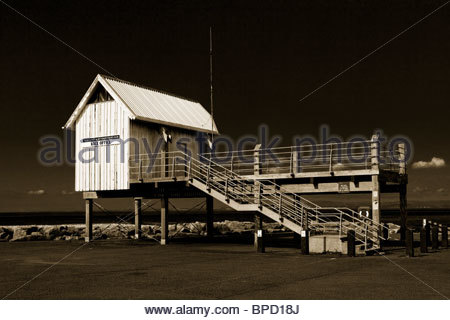 Promenade and Morecambe & Heysham Yacht Club Race Office, Morecambe, Lancashire, England, UK. - Stock Photo