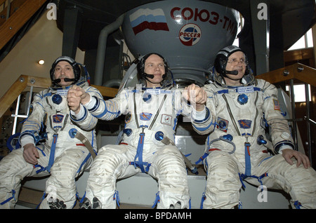 Expedition 15 crew to ISS take final exams in Moscow Region - Stock Photo