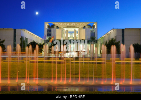 Bundeskanzleramt, German Chancellery, with fountain and the moon, Regierungsviertel government quarter, Berlin, - Stock Photo