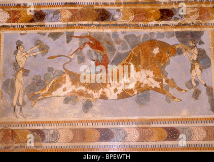 Bull-leaping Fresco, Court of the Stone Spout, Palace of Knossos (Knosos), Heraklion (Irakleio), Irakleio Region, - Stock Photo