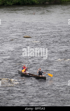 River Spey Canoeists heading downstream over broken waters at Grantown on Spey, Highland Region, Scotland.  SCO - Stock Photo