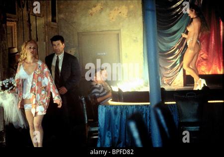 MARY STUART MASTERSON & ALEC BALDWIN HEAVEN'S PRISONERS (1996) - Stock Photo