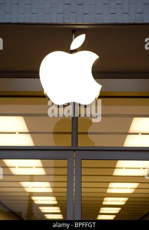 A Apple retail store in Washington, DC. - Stock Photo
