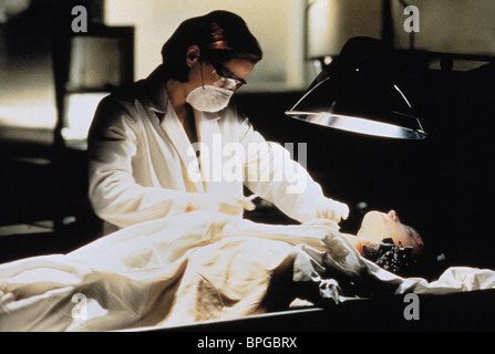 GILLIAN ANDERSON THE X-FILES: THE MOVIE (1998) - Stock Photo
