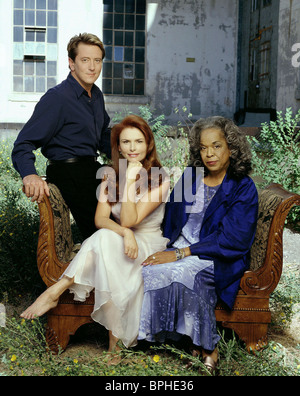JOHN DYE ROMA DOWNEY & DELLA REESE TOUCHED BY AN ANGEL (2001) - Stock Photo