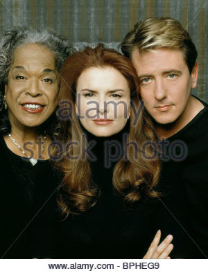 DELLA REESE ROMA DOWNEY & JOHN DYE TOUCHED BY AN ANGEL (2001) - Stock Photo