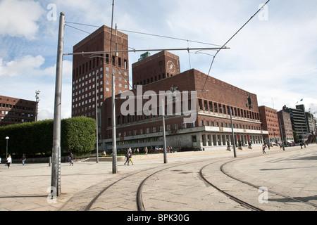 Radhus Oslo Town Hall, Oslo Harbour, Oslo, Norway. Photo:Jeff Gilbert - Stock Photo