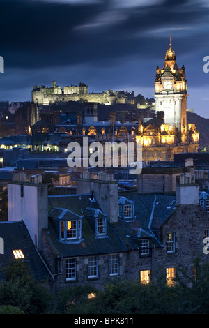 View from Calton Hill towards Edinburgh Castle, Clock tower is the Balmoral Hotel, Edinburgh, Scotland, Europe - Stock Photo