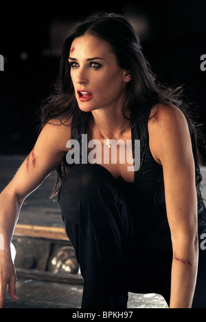 DEMI MOORE CHARLIE'S ANGELS:FULL THROTTLE (2003) - Stock Photo