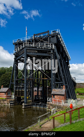 The Anderton Boat Lift near Northwich in Cheshire. The world's first and only surviving boat lift - Stock Photo