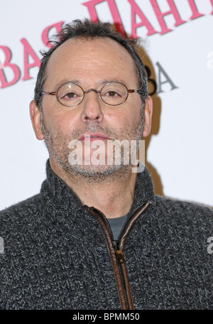 Jean Reno and Steve Martin bring The Pink Panther 2 movie to Moscow - Stock Photo