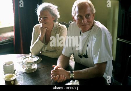 JUDI DENCH & CHARLES DANCE LADIES IN LAVENDER (2004) - Stock Photo