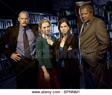 CASEY SANDER NINA SIEMASZKO KELLIE MARTIN & CLARENCE WILLIAMS III MYSTERY WOMAN: SNAPSHOT OF MURDER (2005) - Stock Photo