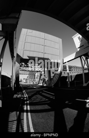 Stanley Dock rolling Bascule lift bridge on Regent Road, known locally as The Dock Road, in Liverpool. - Stock Photo
